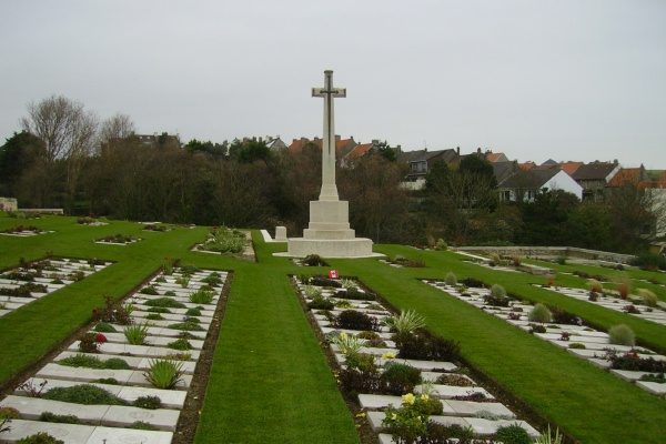 Cemetery – Cross of Sacrifice - Wimereux Communal Cemetery … photo courtesy of Marg Liessens