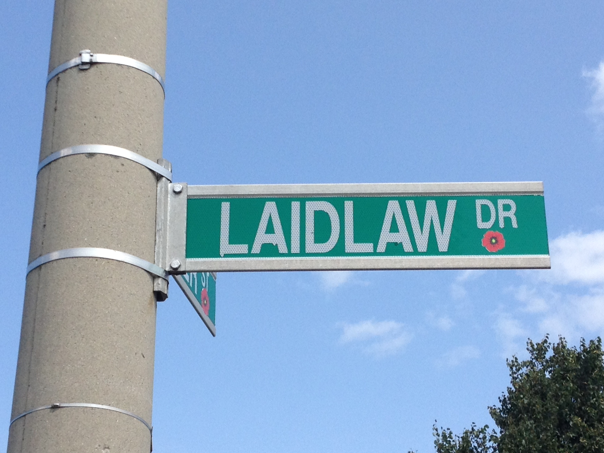 Memorial Street – Barrie street named in honour of Private Henry Douglas Laidlaw with a poppy.