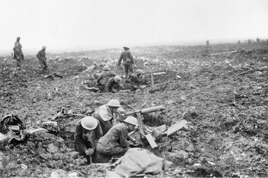 Canadian machine gunners digging in during the Battle of Vimy Ridge