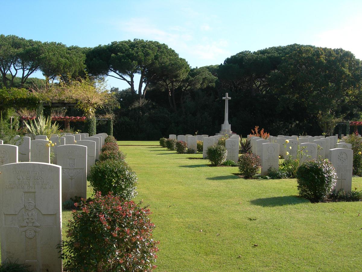 Beach Head War Cemetery, Italy