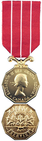 Canadian Forces' Decoration (CD)