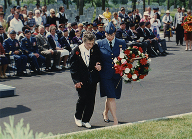 National Memorial (Silver) Cross Mother Anna Zuk laying a wreath