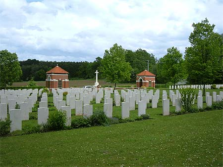 Hotton War Cemetery